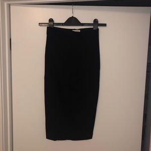 Wilfred Skirts - Aritzia Wilfred Lis Pencil Skirt